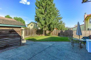 "Photo 17: 13457 68A Avenue in Surrey: West Newton 1/2 Duplex for sale in ""Bentley"" : MLS®# R2500943"