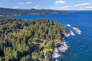 Photo 4: 536 BAYVIEW Drive: Mayne Island House for sale (Islands-Van. & Gulf)  : MLS®# R2509765