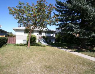 Photo 1: 2416 29 Avenue SW in CALGARY: Richmond Park Knobhl Residential Detached Single Family for sale (Calgary)  : MLS®# C3394096