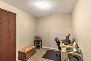 Photo 17: 233 30 Sierra Morena Landing SW in Calgary: Signal Hill Apartment for sale : MLS®# A1048422