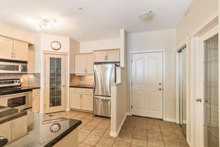 Photo 5: 233 30 Sierra Morena Landing SW in Calgary: Signal Hill Apartment for sale : MLS®# A1048422