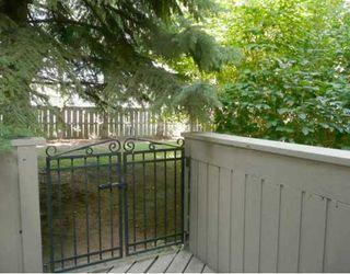 Photo 9: 47 10401 19 Street SW in CALGARY: Braeside Braesde Est Townhouse for sale (Calgary)  : MLS®# C3394292