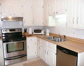 Photo 3: 47 10401 19 Street SW in CALGARY: Braeside Braesde Est Townhouse for sale (Calgary)  : MLS®# C3394292