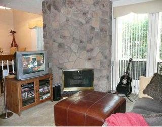 Photo 6: 47 10401 19 Street SW in CALGARY: Braeside Braesde Est Townhouse for sale (Calgary)  : MLS®# C3394292