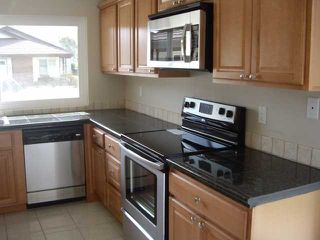 Photo 3: LAKE SAN MARCOS House for sale : 2 bedrooms : 1118 Calle De Los Serranos in San Marcos