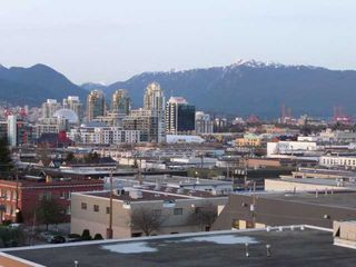 """Photo 7: 402 338 W 8TH Avenue in Vancouver: Mount Pleasant VW Condo for sale in """"LOFT 338"""" (Vancouver West)  : MLS®# V857880"""