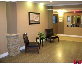 """Photo 2: 208 33338 MAYFAIR Avenue in Abbotsford: Central Abbotsford Condo for sale in """"The Sterling"""" : MLS®# F2823530"""