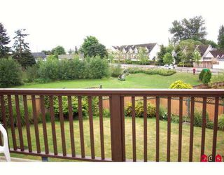 """Photo 7: 2367 WAKEFIELD Court in Langley: Willoughby Heights House for sale in """"Langley Meadows"""" : MLS®# F2824244"""