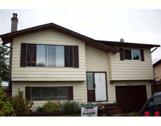 """Photo 1: 2367 WAKEFIELD Court in Langley: Willoughby Heights House for sale in """"Langley Meadows"""" : MLS®# F2824244"""