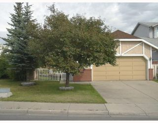 Photo 1: 996 APPLEWOOD Drive SE in CALGARY: Applewood Residential Detached Single Family for sale (Calgary)  : MLS®# C3347246