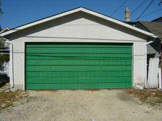 Photo 6: 296 HAMEL Avenue in WINNIPEG: St Boniface Single Family Detached for sale (South East Winnipeg)  : MLS®# 2514917