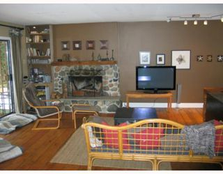 Photo 5: 7040 SKANA Crescent in Sechelt: Sechelt District House for sale (Sunshine Coast)  : MLS®# V755849