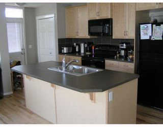 Photo 7: 159 SUNSET Cove: Cochrane Residential Detached Single Family for sale : MLS®# C3376824