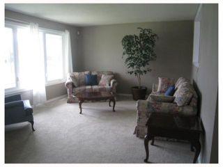 Photo 7: 75 MANKATO in WINNIPEG: Maples / Tyndall Park Residential for sale (North West Winnipeg)  : MLS®# 2908573