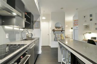 Photo 4: 418 1030 W King Street in Toronto: Niagara Condo for sale (Toronto C01)  : MLS®# C4521430