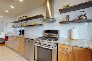 Photo 5: 3428 60 Street in Edmonton: Zone 29 House for sale : MLS®# E4169025