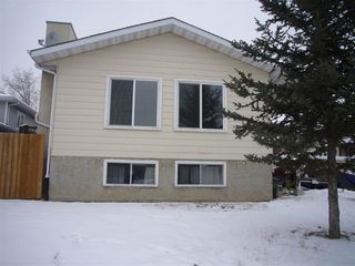 Photo 1: 3508 49A Street in Edmonton: Zone 29 House for sale : MLS®# E4182519
