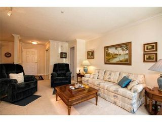 Photo 7: 201 1144 STRATHAVEN Drive in North Vancouver: Home for sale : MLS®# V1085192