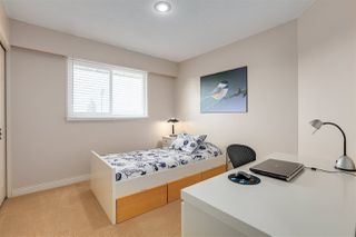 """Photo 13: 14259 19A Avenue in Surrey: Sunnyside Park Surrey House for sale in """"OCEAN BLUFF"""" (South Surrey White Rock)  : MLS®# R2446689"""