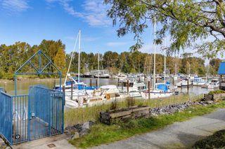 Photo 19: 105 4743 W RIVER ROAD in Delta: Ladner Elementary Condo for sale (Ladner)  : MLS®# R2409976
