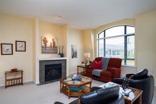 """Photo 2: 415 8880 202 Street in Langley: Walnut Grove Condo for sale in """"The Residences at Village Square"""" : MLS®# R2452975"""