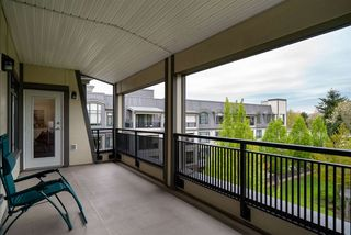 """Photo 18: 415 8880 202 Street in Langley: Walnut Grove Condo for sale in """"The Residences at Village Square"""" : MLS®# R2452975"""