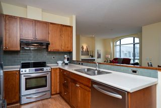 """Photo 8: 415 8880 202 Street in Langley: Walnut Grove Condo for sale in """"The Residences at Village Square"""" : MLS®# R2452975"""