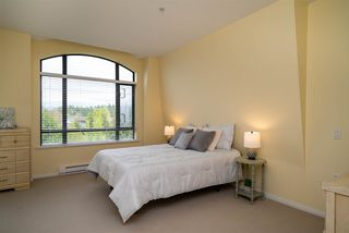 """Photo 12: 415 8880 202 Street in Langley: Walnut Grove Condo for sale in """"The Residences at Village Square"""" : MLS®# R2452975"""