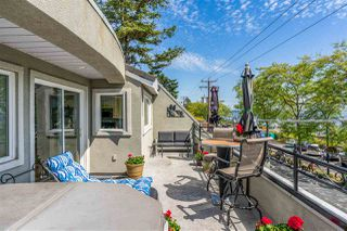 Photo 17: 301 15505 MARINE Drive: White Rock Condo for sale (South Surrey White Rock)  : MLS®# R2471045