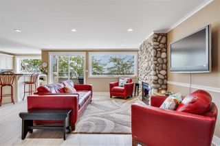 Photo 1: 301 15505 MARINE Drive: White Rock Condo for sale (South Surrey White Rock)  : MLS®# R2471045