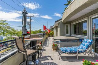 Photo 18: 301 15505 MARINE Drive: White Rock Condo for sale (South Surrey White Rock)  : MLS®# R2471045