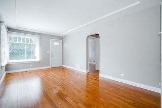 Photo 4: 425 OAK Street in New Westminster: Queens Park House for sale : MLS®# R2502980