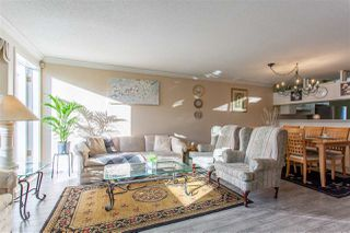 """Photo 2: 10 13630 84 Avenue in Surrey: Bear Creek Green Timbers Townhouse for sale in """"The Trails at Bear Creek"""" : MLS®# R2518680"""