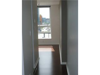 "Photo 3: 805 928 BEATTY Street in Vancouver: Downtown VW Condo for sale in ""THE MAX"" (Vancouver West)  : MLS®# V849610"