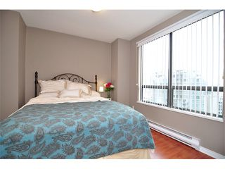 "Photo 5: 1607 1189 HOWE Street in Vancouver: Downtown VW Condo for sale in ""GENESIS"" (Vancouver West)  : MLS®# V853250"