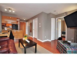 "Photo 2: 1607 1189 HOWE Street in Vancouver: Downtown VW Condo for sale in ""GENESIS"" (Vancouver West)  : MLS®# V853250"
