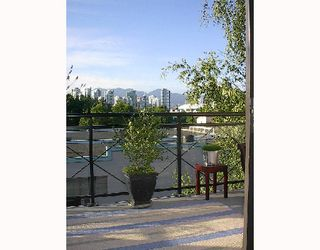 """Photo 10: 307 777 W 7TH Avenue in Vancouver: Fairview VW Condo for sale in """"777"""" (Vancouver West)  : MLS®# V722642"""