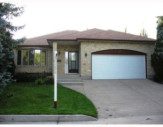 Photo 1: 69 LINDENWOOD Drive East in WINNIPEG: River Heights / Tuxedo / Linden Woods Residential for sale (South Winnipeg)  : MLS®# 2817691