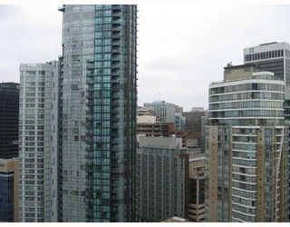 "Photo 7: 2110 1239 W GEORGIA Street in Vancouver: Coal Harbour Condo for sale in ""VENUS"" (Vancouver West)  : MLS®# V750409"