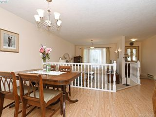Photo 7: 596 Phelps Avenue in VICTORIA: La Thetis Heights Half Duplex for sale (Langford)  : MLS®# 414344