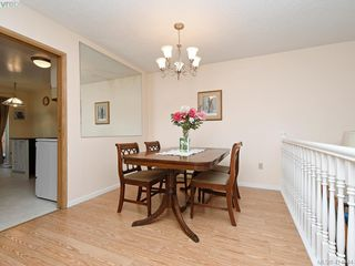 Photo 5: 596 Phelps Ave in VICTORIA: La Thetis Heights Half Duplex for sale (Langford)  : MLS®# 821848