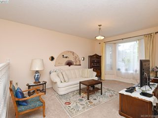 Photo 2: 596 Phelps Avenue in VICTORIA: La Thetis Heights Half Duplex for sale (Langford)  : MLS®# 414344