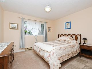 Photo 12: 596 Phelps Avenue in VICTORIA: La Thetis Heights Half Duplex for sale (Langford)  : MLS®# 414344