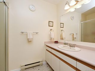 Photo 14: 596 Phelps Avenue in VICTORIA: La Thetis Heights Half Duplex for sale (Langford)  : MLS®# 414344