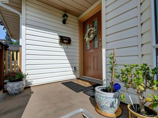 Photo 23: 596 Phelps Avenue in VICTORIA: La Thetis Heights Half Duplex for sale (Langford)  : MLS®# 414344