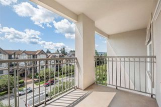 "Photo 11: 412 1655 GRANT Avenue in Port Coquitlam: Glenwood PQ Condo for sale in ""The Benton"" : MLS®# R2402229"