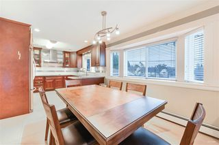 Photo 2: 2488 HARRISON Drive in Vancouver: Fraserview VE House for sale (Vancouver East)  : MLS®# R2424881