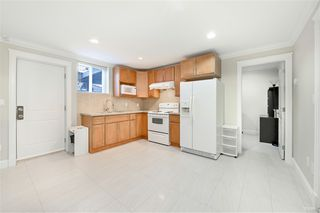 Photo 19: 2488 HARRISON Drive in Vancouver: Fraserview VE House for sale (Vancouver East)  : MLS®# R2424881