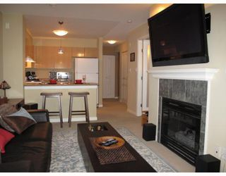 "Photo 3: 211 3278 HEATHER Street in Vancouver: Cambie Condo for sale in ""HEATHERSTONE"" (Vancouver West)  : MLS®# V781505"