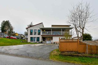 Photo 1: 10035 117 Street in Surrey: Royal Heights House for sale (North Surrey)  : MLS®# R2438089